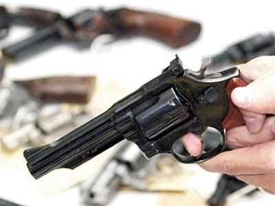 arma-revolver-02-05-07